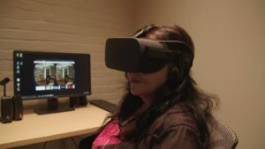 Hoarder's simulating clutter with virtual reality