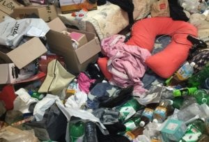 astonishing photos show life of a hoarder