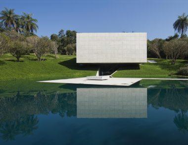 Secret Getaways Of The Art World's Super Rich