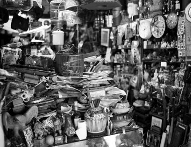 Clutter that makes life difficult: A Q&A on hoarding