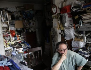 Extreme Hoarding: NYC Team Tackles Disaster, Mess and The Mind