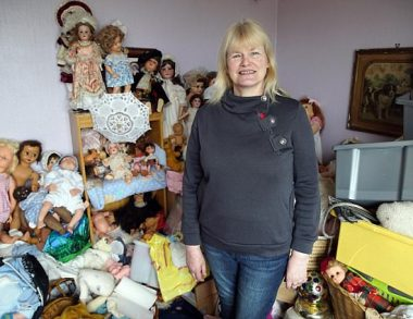 Obsessive hoarder made her home uninhabitable and nearly ended her marriage