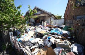 hoarding neighbours rubbish example